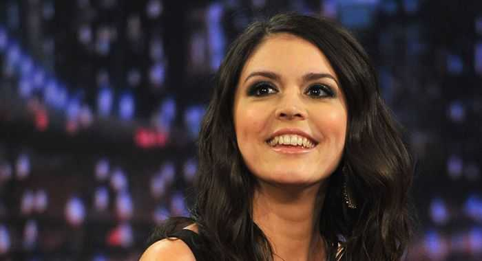 Cecily Strong – Biography 2020 2