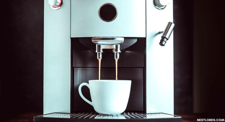 6 Best Coffee Maker With Grinder 2020 – Reviews & Buying Guide