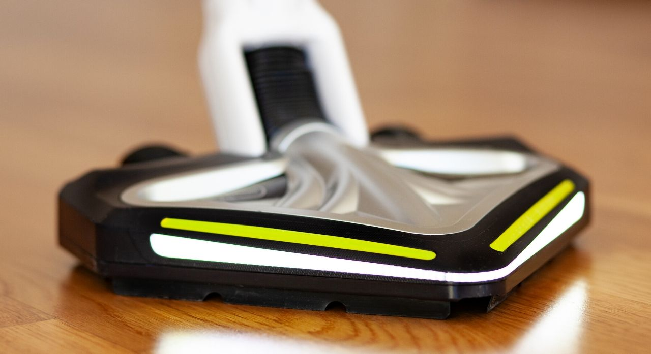 11 Best Cordless Floor & Carpet Sweepers of 2020 1