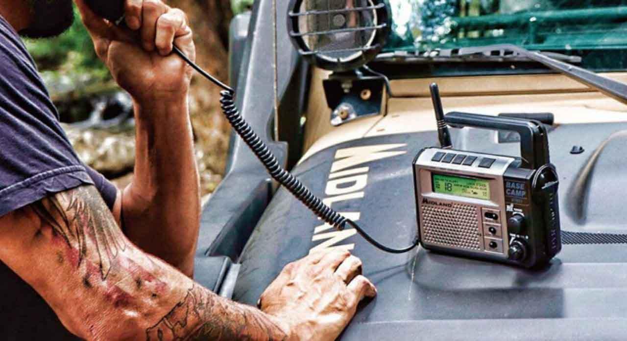 8 Best Emergency Radios in 2020 - Reviews Buying Guide 1