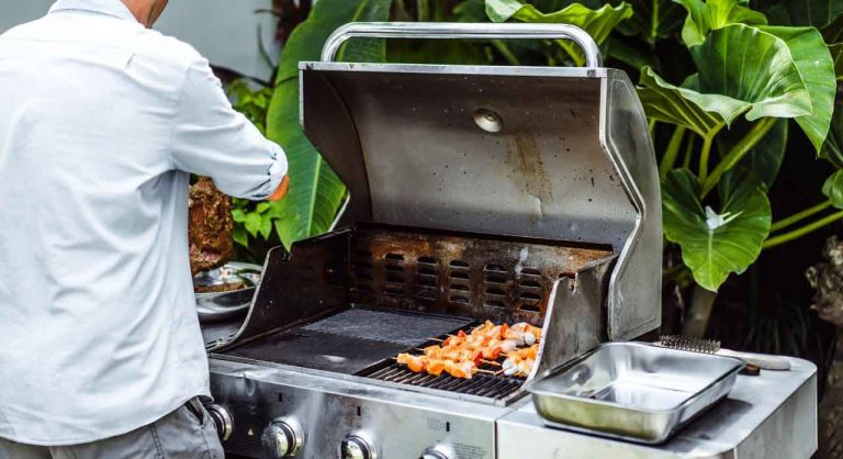 Top 8 Best Gas Grills Under $500 On The Market – Reviews & Buying Guide 2020