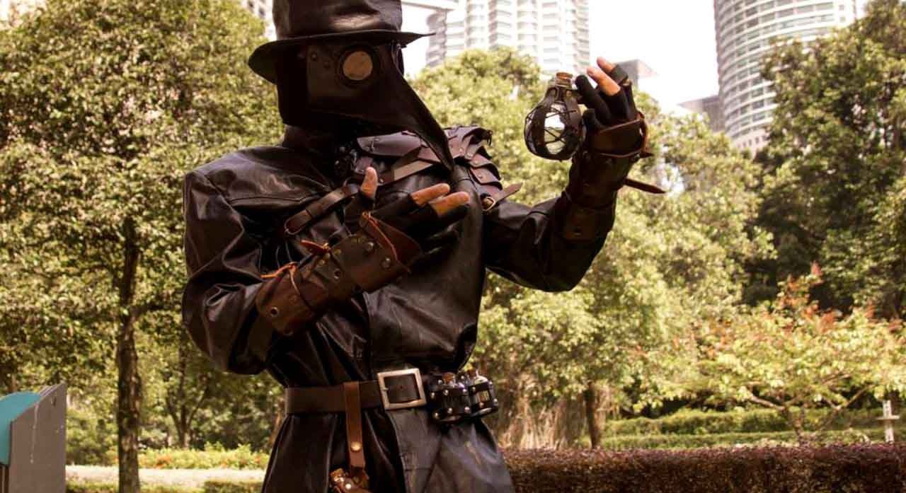 Best Plague Doctor Costume 1
