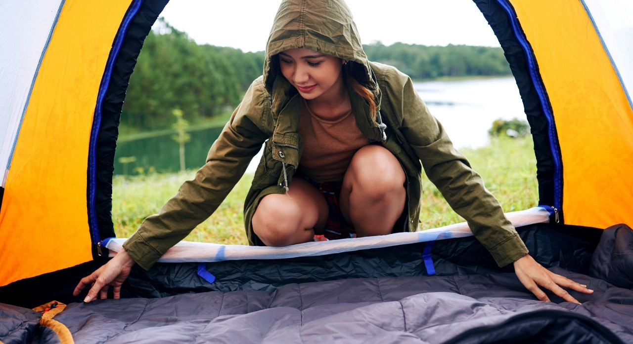 11 Best Survival Blankets On The Market - 2020 Reviews 1