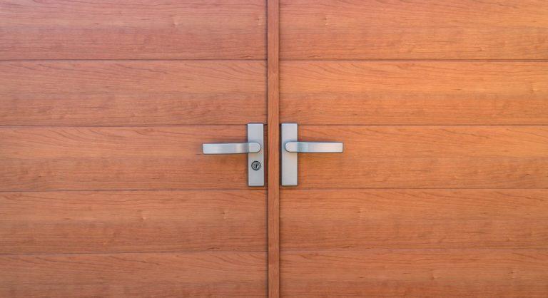 6 Best Door Hinge Jig Reviews to Make You a Door Wiz