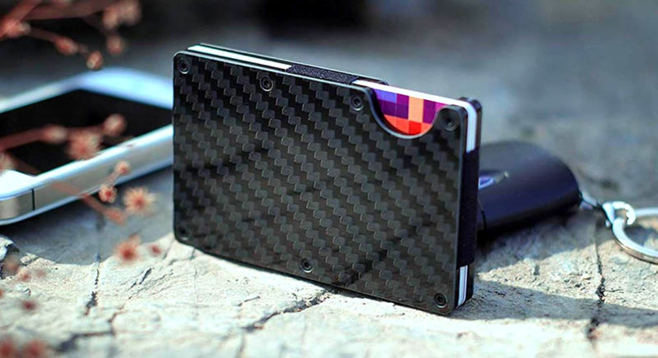 The 12 Best Carbon Fiber Wallets 1
