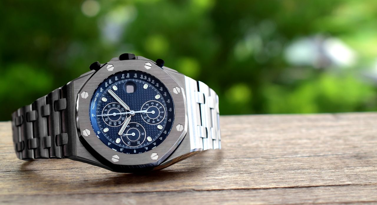 The 9 Best Titanium Watches You Can Buy 2020 1