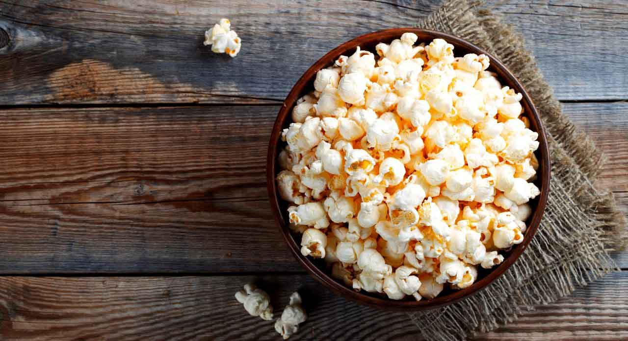Top 6 Best Hot Air Popcorn Poppers in 2020 Reviews 1
