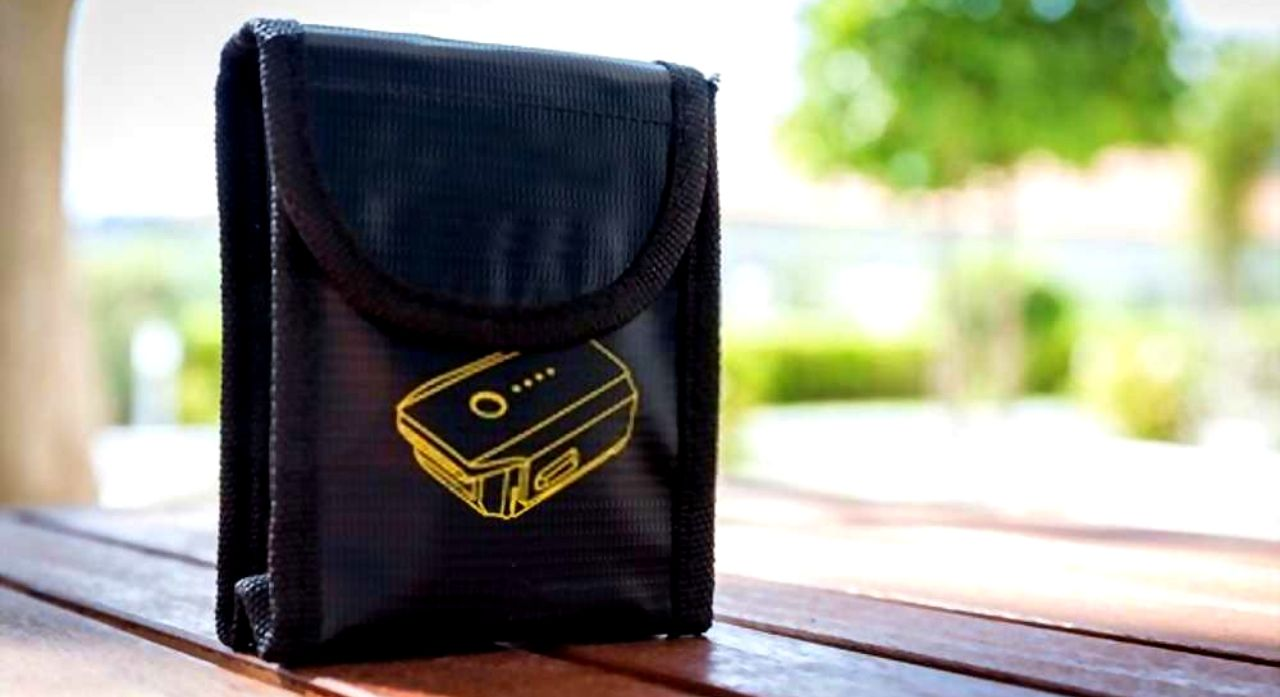 8 Best Fireproof Document Bags in 2020 1