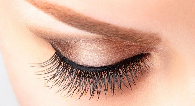 5 Best Magnetic Eyeliner and Lashes That Actually Work