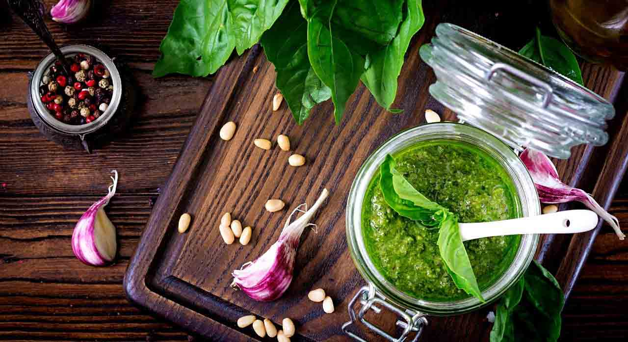 The 6 Best Store-Bought Pesto - 2020 Reviews 1
