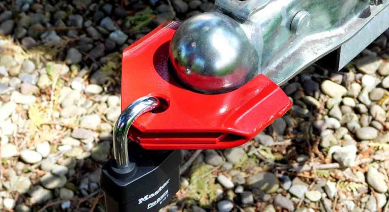 8 Best Trailer Hitch Locks of 2021 – Reviews & Buying Guide